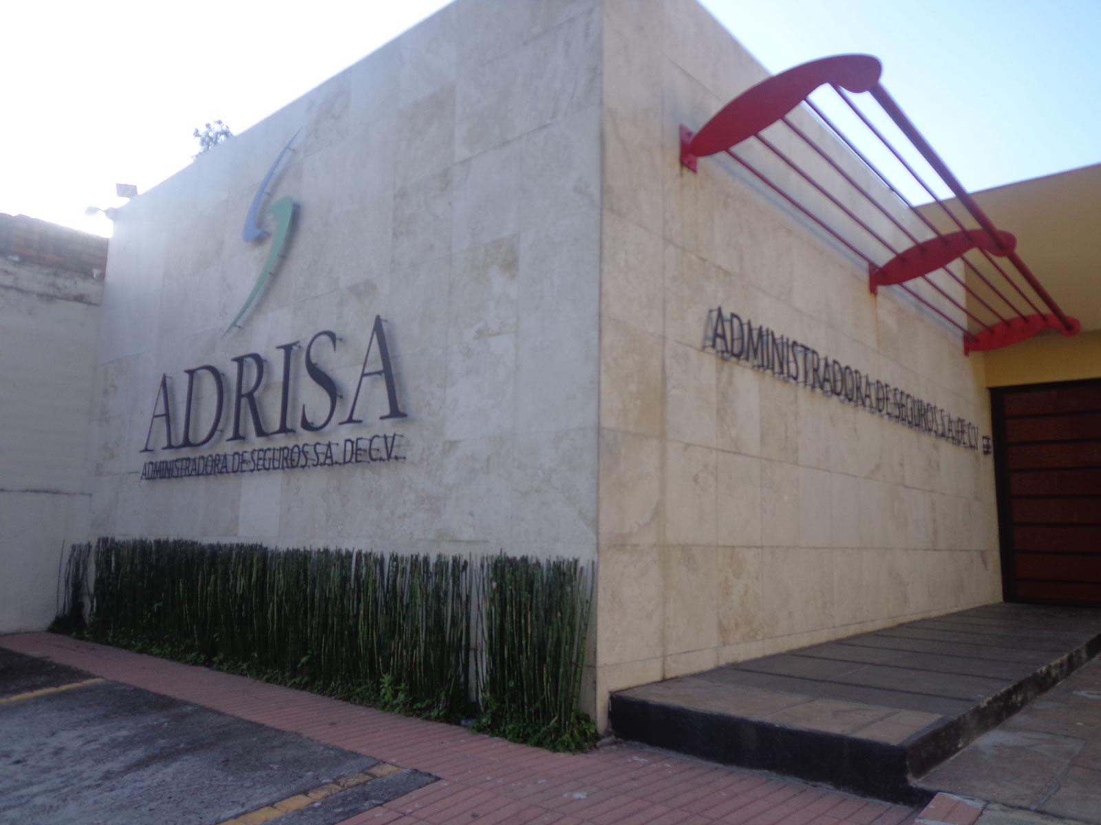 Fachada edificio ADRISA